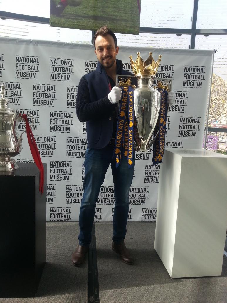 Георги Захариев в музея на футбола в Манчестър