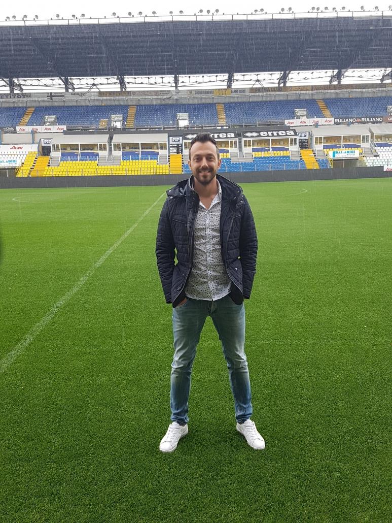 Георги Захариев на стадион Енио Тардини